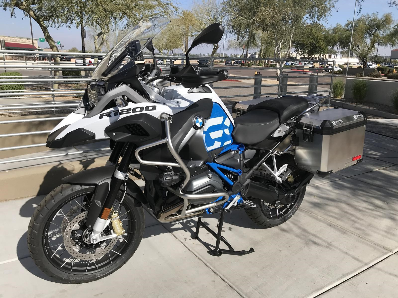 BMW Motorrad presentó su BMW R1200GS autopropulsado en el CES de 2019