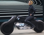Motocicleta Futurista